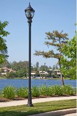 whatley-fr4-d20s-waterway-light-pole