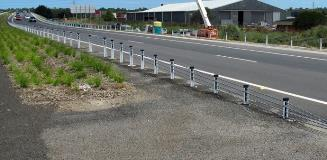 http://ingalcivil.com.au/products/road-safety-barriers/wire-rope-safety-barrier/tl3-end-terminal 2
