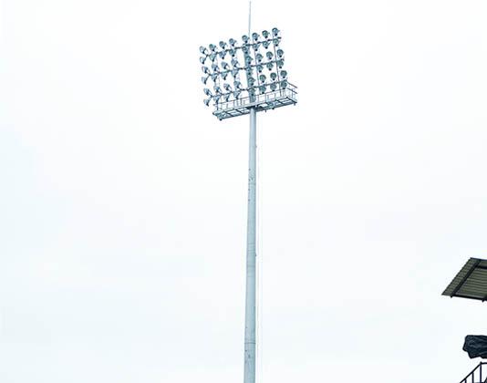 stadium-mast